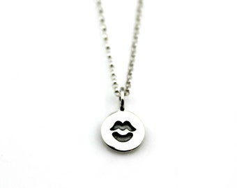 KISS CHARM NECKLACE in Sterling Silver *