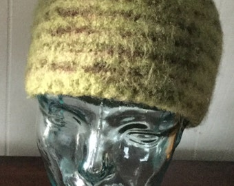 GREEN BEANIE. Hand knitted and felted.