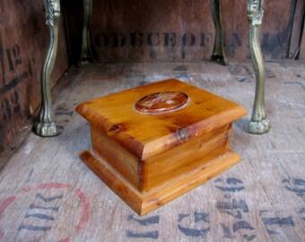 French Box, French Wood Box, Wood Box, Hinged Lid, Vintage Box, Wood Jewelry Box, Wood Trinket Box, Treen, Keepsake Box, Hand Carved
