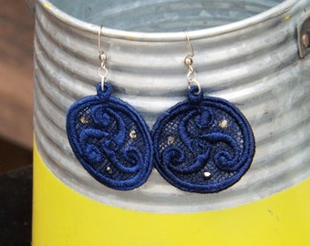 Celtic Swirl Machine Embroidered Lace Earrings
