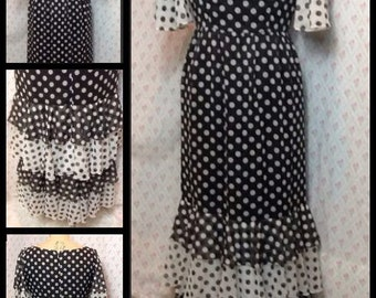 Fabulous Vintage 1970's B/W polka dot /spotty ruffled cotton maxi / patio/ showstopper party dress