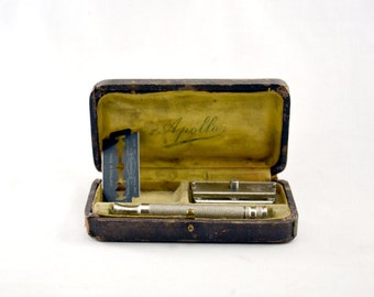 Vintage safety Razor GIBBS made in France with case.