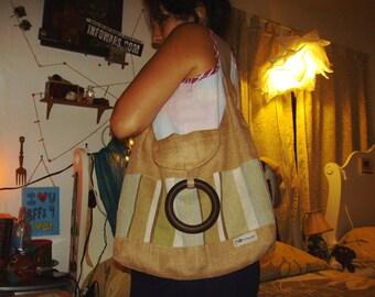 natural fiber bag. summer purse. thrift find. boho bag. near new condition