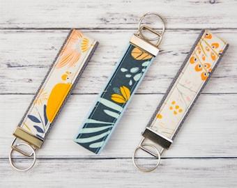 Wristlet Keychain **FREE SHIPPING**, Keychain, Keyfob, Cloth Keychain, Girly Keychain, Teacher Appreciation, Keychain Wristlet, Key Chain