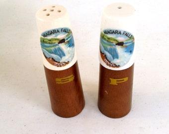 Retro Salt & Pepper Shakers Niagara Falls Canada - Souvenir - Made In Japan