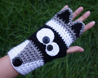 Crochet Raccoon fingerless gloves, cute animal armwarmers, animal wristwarmers, kawaii cute raccoon gloves made to fit adult women/teens
