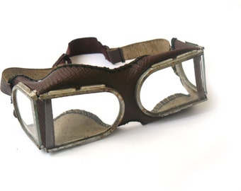 Vintage Eyewear, protective mask welding goggles vintage army surplus Aviator frame, glasses for motorcycle, helmet goggles, Soviet glasses