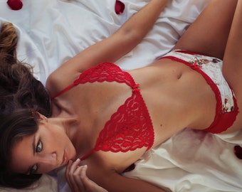 Red Lace, roses, romance and seduction. Little lingerie set. Thong Cheeky Bottom panties