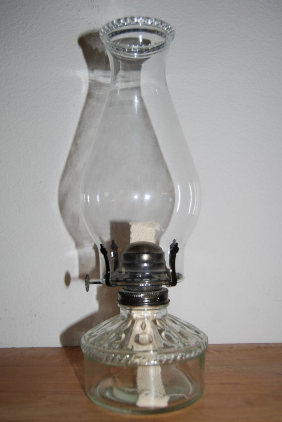 vintage oil lamp glass oil lamp glass chimney globe oil. Black Bedroom Furniture Sets. Home Design Ideas
