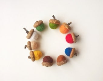8 felt acorns, felt balls, mixing ball autumn decor acorn beads tops, acorn bead caps, acorn hats, oak tree mix and match, fall colors decor