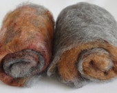 Art batt - grey gotland wool and handpainted locks, wild batt, texture - 2 batts - 70 grams / 2.5 oz in total