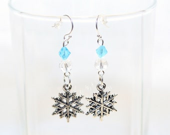 Snowflake Earrings - Christmas Earrings - Holiday Earrings - Winter Earrings