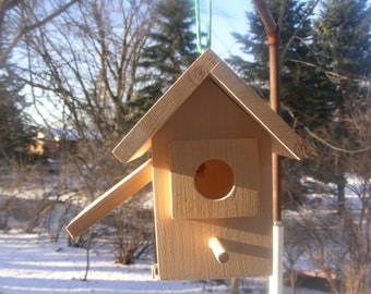 Wood-In-Things.com  Cardinal Birdhouse and more
