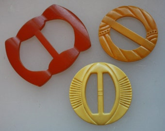 Vintage Plastic Belt Buckles / Scarf Clips -- Gorgeous 3-Piece Set