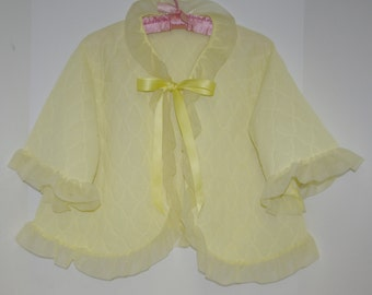 Vintage Bed Jacket. Free Size. Ruffles. Bow Tie. Quilted. FREE US Shipping.