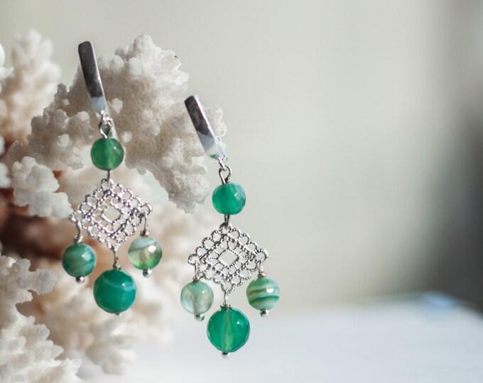 Green chandelier earrings, Green agate earrings, Light green earrings, Filigree chandelier earrings, Filigree earrings