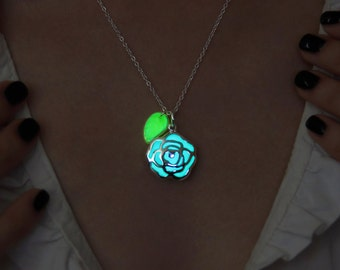 Glow in the Dark Necklace - Flower with Leaf - Glowing Pendant - Glow Leaves - Green Leaf - Glowing Jewelry - Glowing Flower - Glowing Leaf