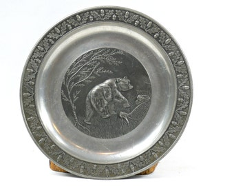 Pewter plate - Bear Relief Plate - Vintage Zinn Wall Plate - Forest Theme Plate - HTM Pewter Plate - German Pewter - Christmas gift