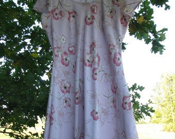 Romantic DRESS flowers Ladies Woodpecker Collection