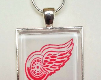 handmade red wings necklace