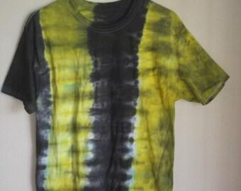 Tie Dye Shirt MEDIUM unisex shirt       Festival Clothing, Bassnectar, Cotton shirt, Ice dye, Dark Tie Dye