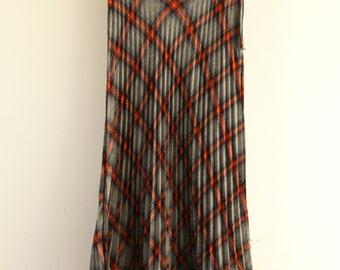 Retro plaids-checks grey red maxi pleated skirt.size s