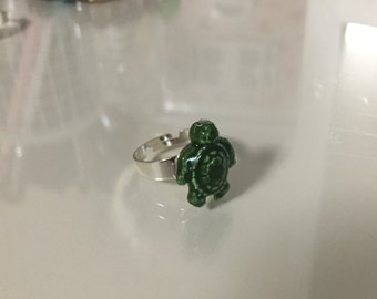 Green Turtle Ring