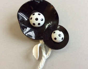 Black and White Enamel Poppy Pin/Brooch