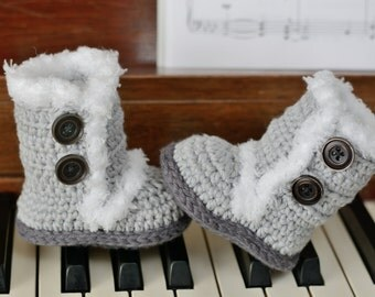 Crochet Baby Boots, Gray Boots, Baby Girl Boots, Crocheted Boots, Booties, Baby Gift, Winter Boots