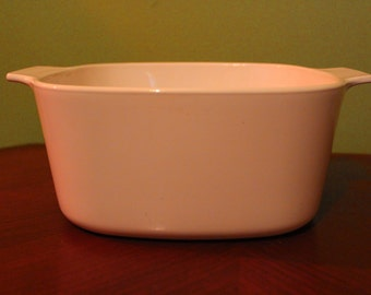 Corningware All White 2 Quart Casserole Dish- A2B- with Utensil Markings