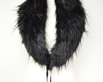 Jet Black Faux Fur Stole, Neckwarmer,Chunky, Winter Warm,Evening Wrap,Faux Fur Collar,Ladies Fashion,Teen Gift,Winter Scarf,Ladies Gift