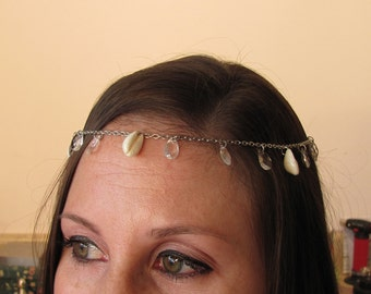 Cowrie and Crystal Head Chain ~ Cowrie Shell Hair Chain ~ Boho Beach Wedding Hair Accessory Head Piece
