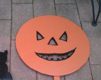 Wooden Yard Pumpkin Halloween Decoration