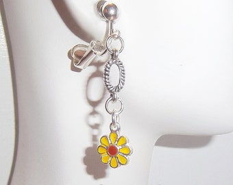 Yellow Daisy Flower 1.5 inch Drop Handmade Clip on or Pierced Dangle Silver Tone/Plated Fashion Earrings V353