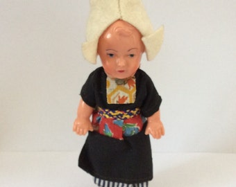 Vintage 1950's Dutch Doll in Full Traditional Costume. Excellent Condition.