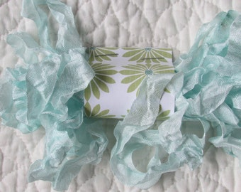 PRIMITIVE GRUNGY RIBBON - Baby Blue