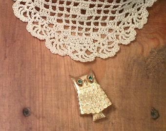 Avon Owl Pin - Vintage Brooch Perfume Holder (1960s)