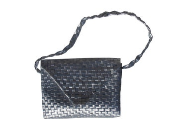 Juice box Recycled handbag made from the silver inside