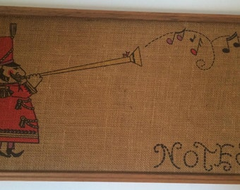 Burlap Retro Notes Board- Trumpet Player