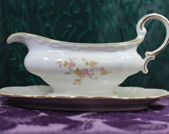 "Johann Haviland ""Michele"" Pattern fine Bavarian China Gravy Boat with Attached Underplate"