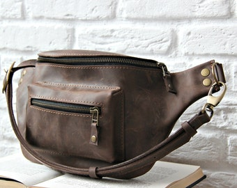 Leather hip bag - fanny pack - waist bag - belt bag - leather bag - handmade bag / 07002 brown