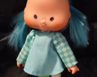 Vintage 1980's Kenner STRAWBERRY Shortcake BLUEBERRY Muffin Doll in Original Outfit!