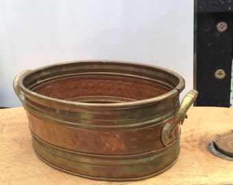 Dish or planter in brass and copper,