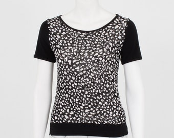 Printed T-shirt leopard black short sleeve mesh and comfortable jersey - sweater woman - animal motif - dressed / casual