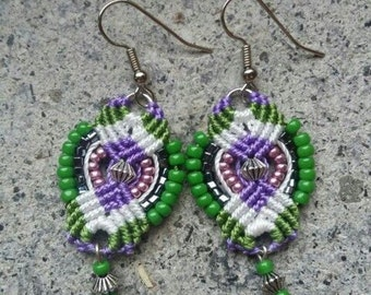 Macramé earrings with nickel free components