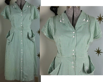 Vintage 1950s VOLUP green gingham dress 2X 326