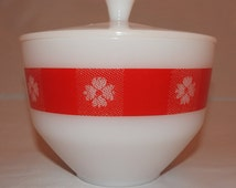 Federal Glass *Picnic Check* Milk Glass Red Gingham Bowl & Lid