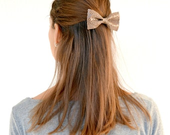 Light brown leather hair bow / Leather bow clip / Hair accessories for children / Brown patent leather