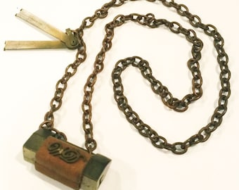 Vintage Usable Lock with Keys Necklace