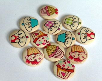 12 Cupcake Pattern Wooden Buttons #EB57